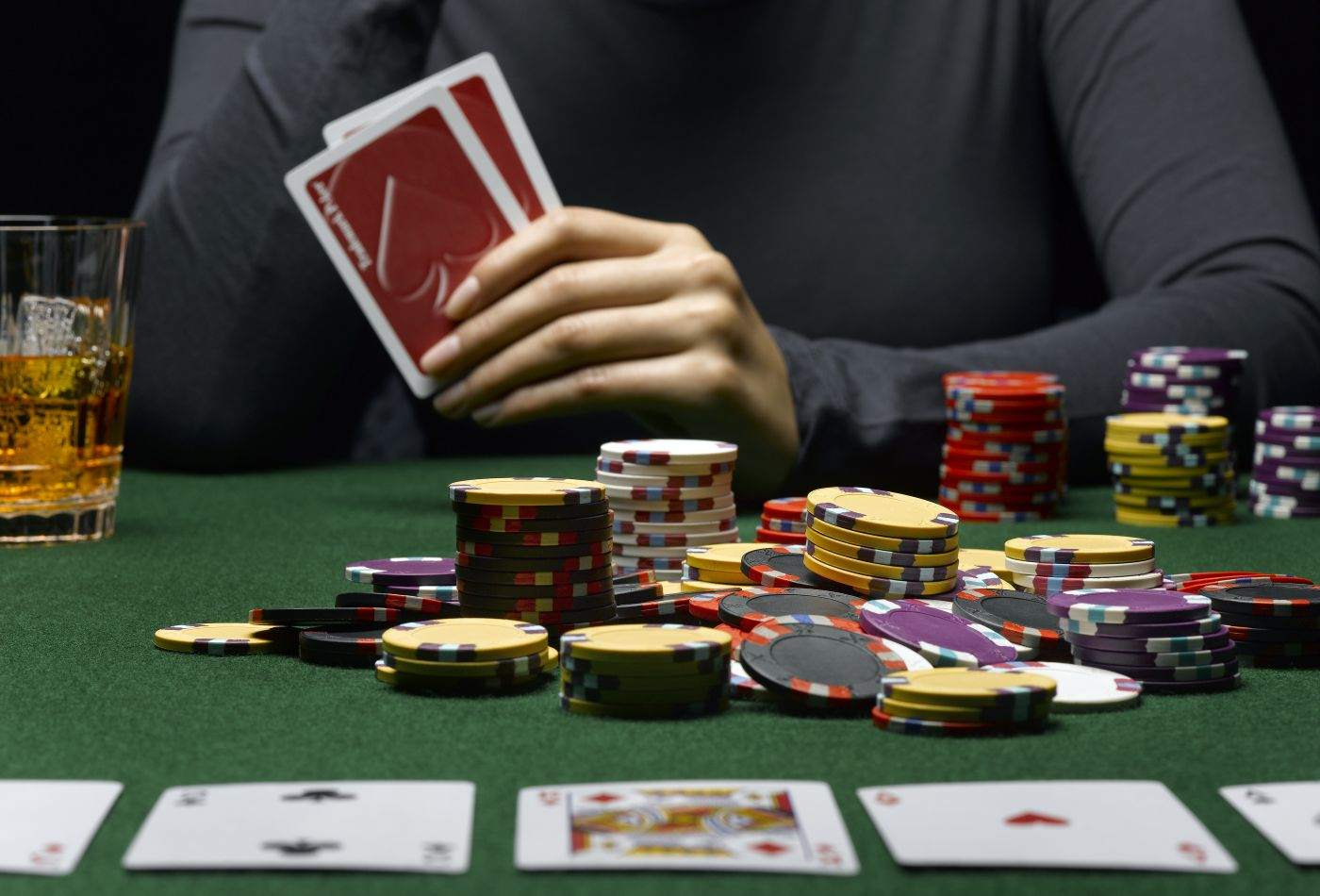 Casino Poker Games Online – Play Hold Em, Stud, And Omaha Games
